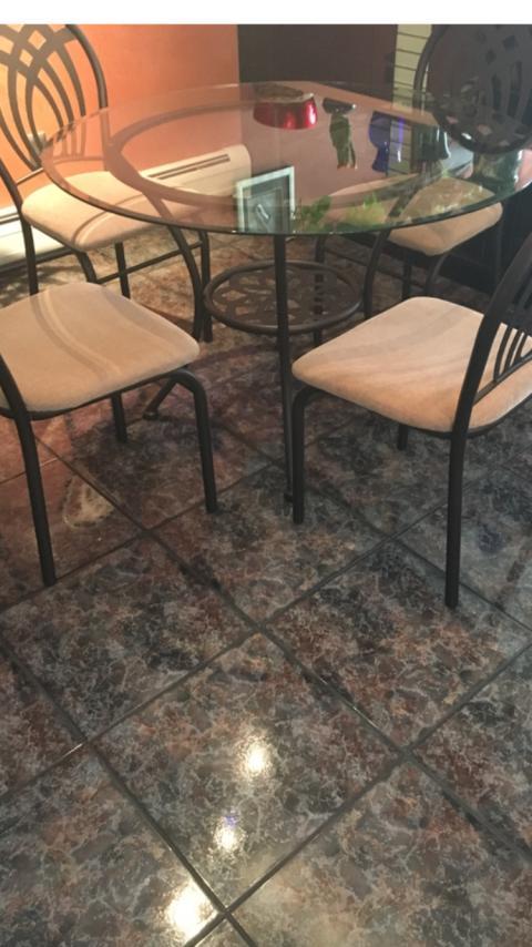Stol + 4 krzesla