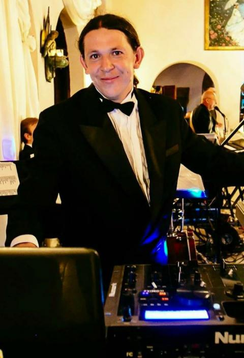 TOMASZ HALAT - THE BEST DJ&LIVE MUSIC FOR YOUR NEXT EVENT !!!