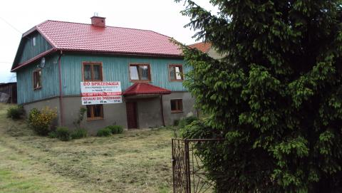 Sprzedam dom wolnostojący drewniany