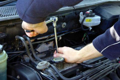 Zatrudnię mechanika