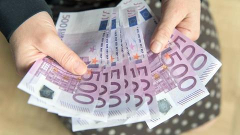 Zapewniamy pieniadze pozyczki od 9000 do 900.000.000 zl/€ do wszystkich ludzi