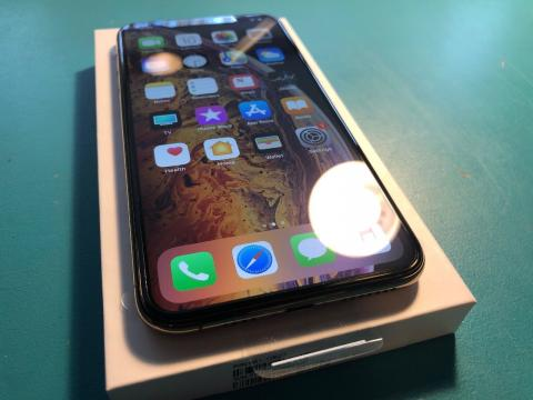 APPLE IPHONE XS MAX UNLOCKED ALL GB - New