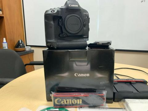 Canon EOS-1D X Mark II DSLR Camera Body