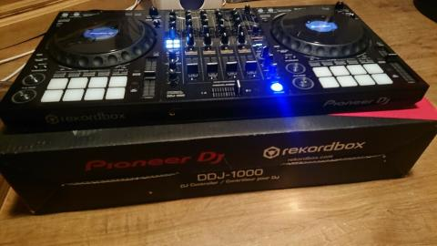 For sale new Pioneer DJ DDJ-1000 4 channel controller for rekordbox dj